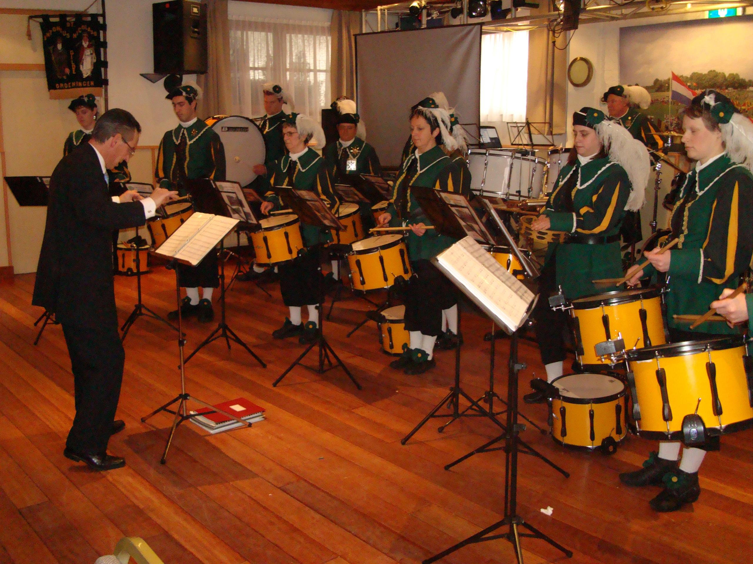St. Tunnis Drumband